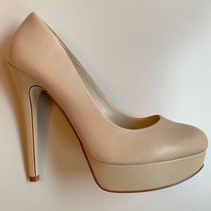 Aldo • 9 • Platform Stiletto High Heel Nude